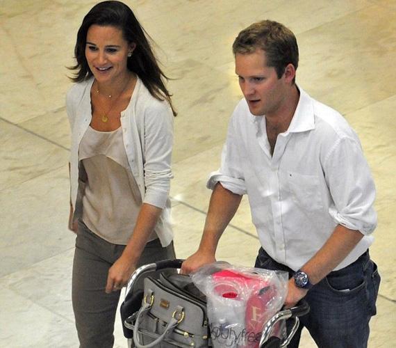 Nem csoda, ha Pippa Middleton volt kedvese, Alex Loudon folyamatosan féltékenykedett a Vilmos hercegre hasonlító George-ra. A fiatalok már 2011 nyarán közösen nyaraltak Spanyolországban.