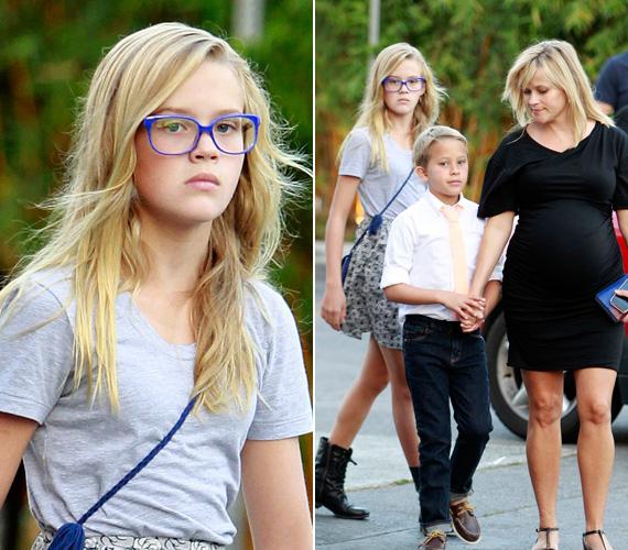 2012 szeptemberében már egy komolyabb szemüveges lány nézett a kamerákba. A hónap végén megszületett féltestvére, Tennessee James Toth, anyja második, Jim Tothtal kötött házasságából.