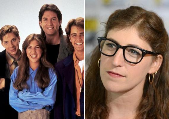 A Blossom egy tinilányról szólt, aki férfiak között nőtt fel. Mayim Bialik - Blossom Russo - ha Blossomként már nem is ugrik be, Sheldon barátnőjeként biztosan, az Agymenők című sorozatban.