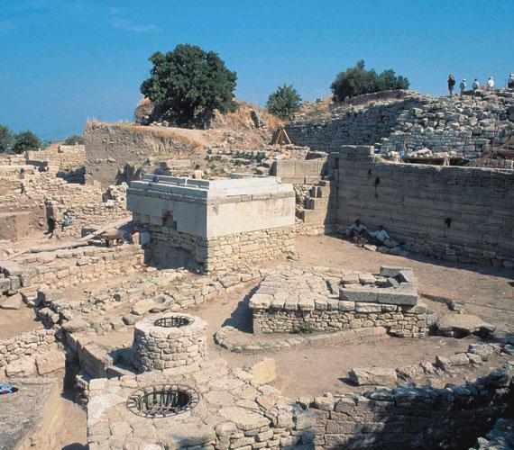 Trója IX. Ez volt a római kori város, amely a legjobb állapotban maradt meg.
