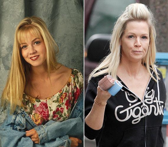 A Beverly Hills 90210 sztárja, Jennie Garth néhány hete jelentette be, hogy kedvese eljegyezte, ám az emberek mégsem emiatt figyeltek fel rá újra, hanem átszabott arca miatt. Most olyan, mintha állandóan csücsörítene.
