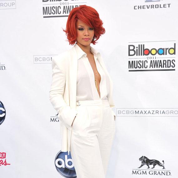 Rihanna: hűvös elegancia és hibátlan szépség.