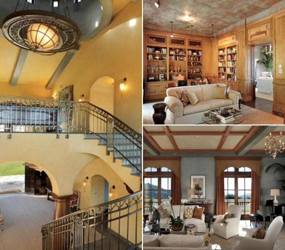 A hat háló- és fürdőszobás villa lépcsőháza lenyűgöző. A hatalmas méretű termeket a faburkolat és a melegséget árasztó berendezés teszi meghitté.