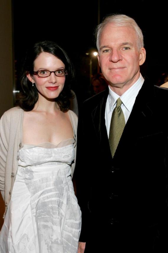 Steve Martin 67 évesen lett először édesapa, amikor 2012-ben a 41 éves felesége, Anne Stringfield világra hozta kislányukat.