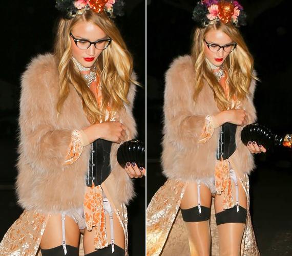 Azt egyelőre senki sem tudta megfejteni, hogy minek is öltözött a modell, de az bizonyos, hogy nem volt túl melege a ruhájában.