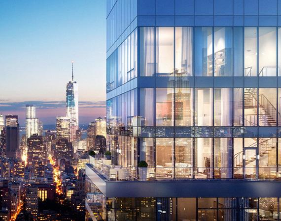 A penthouse-rész 360 fokos panorámát nyújt az üvegablakoknak köszönhetően, öt hálószoba, öt és fél fürdőszoba-mosdó, egy terasz, valamint egy saját lift is van benne.