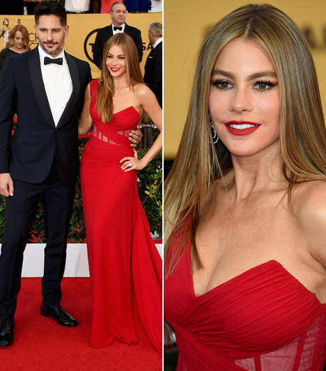 Sofia Vergara                         A Modern család sztárja egy tűzpiros Donna Karan Atelier ruhát választott az eseményre.