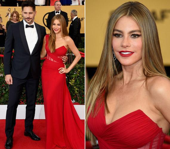 A Modern Family sztárja, Sofia Vergara igen dögös volt, büszkén feszített vőlegénye, Joe Manganiello mellett.