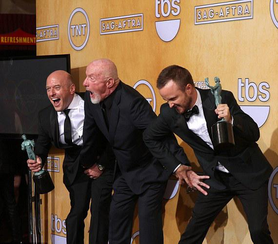 A Breaking Bad sorozat sztárjai, Jonathan Banks, Dean Norris és Aaron Paul sem bírta ki móka nélkül.