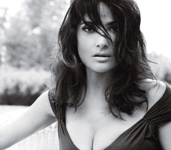 Salma szerint szépségének titka remek génjeiben és latin termperamentumában rejlik - a színésznő ugyanis szeret élni, sose sanyargatja magát.