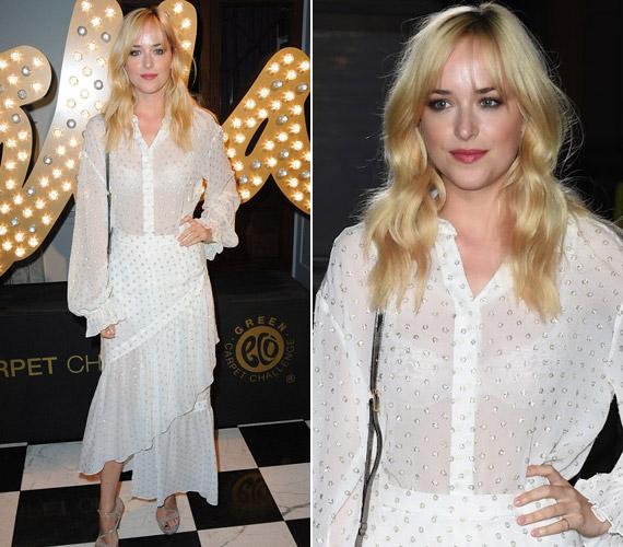 Dakota Johnson a Szürke 50 árnyalata főszerepében lesz látható februárban, addig is egy áttetsző fehér ruhában mutatta meg bájait.