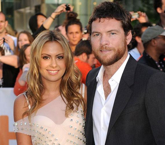 Előző kedvesével, Natalie Markkal való szakításáról 2011 januárjának végén számoltak be a lapok, a szingli színésznek nem kellett sokáig várnia a szerelemre.