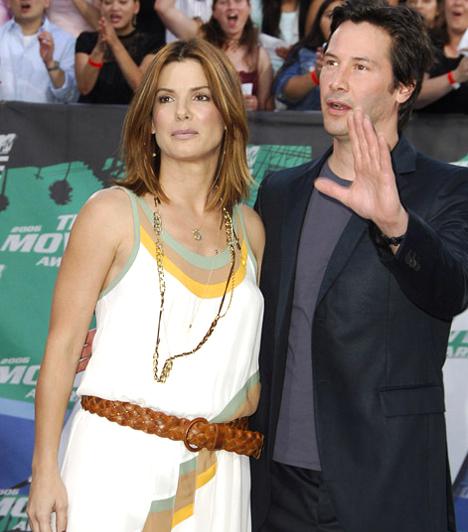 Nyerő párosNem sokáig tudott távol maradni a szerelmes filmektől, még 2006-ban újra összejött Keanu Reeves-szel, a Ház a tónál című misztikus románc kedvéért.