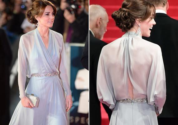 Még az elegáns Katalin hercegné sem húzott melltartót áttetsző ruhája alá, amit az új James Bond-film, a Spectre premierjén viselt.