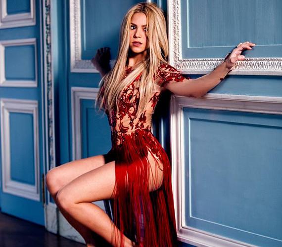 Ismét egyre szexisebb Shakira.