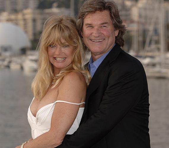 Goldie Hawn háromszor ment férjhez, de végül az igazi boldogságot Kurt Russell oldalán találta meg, akivel 1983 óta alkot egy párt.