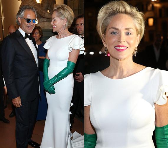 A bal oldali fotón Sharon a híres énekessel, Andrea Bocellivel látható, akivel a jelek szerint jó kapcsolatot ápolnak, többször látták őket beszélgetni az est folyamán.