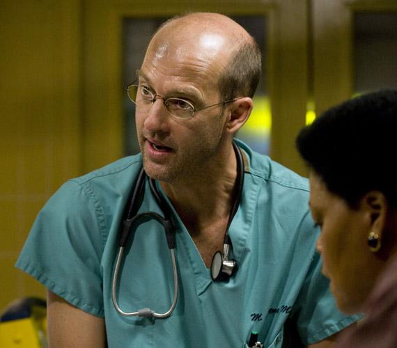 A Vészhelyzetben az Anthony Edwards által megformált Mark Greene doktort rákbetegség miatt éri a halál.