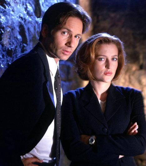 Scully és Mulder - X-Akták  15 évnyi évődés és sokat sejtető apró jel után a 2008-as mozifilmben találnak egymásra egy mindent elsöprő szexjelenetben. A valóságban azonban a két sztár ki nem állhatja egymást.  Kapcsolódó cikk:  David Duchovny szexfüggőségtől szenved »