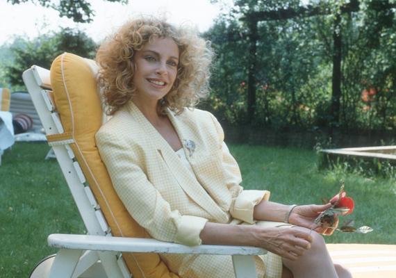 A Guldenburgok öröksége című sorozat egyik legszebb színésznője volt.