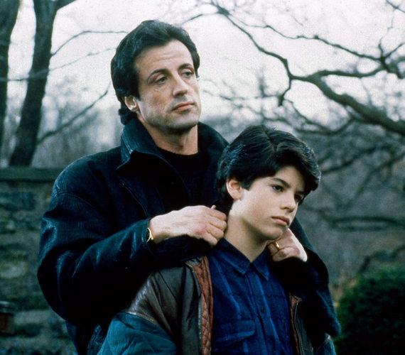 A fiatal színész karrierje 1990-ben kezdődött, Robert Balboa Jr. szerepével - a filmben apjával, Sylvester Stallonéval játszhatott együtt.