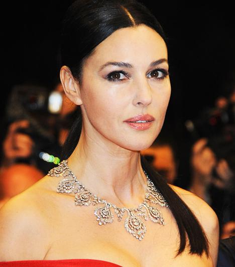 Monica BellucciA szépséges olasz sztár 1999-ben ment hozzá a karizmatikus Vincent Cassel színészhez. Öt évre rá született meg kislányuk, Deva, majd 2010-ben Léonie is a világra jött.