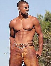 A dögös testű Shemar Moore