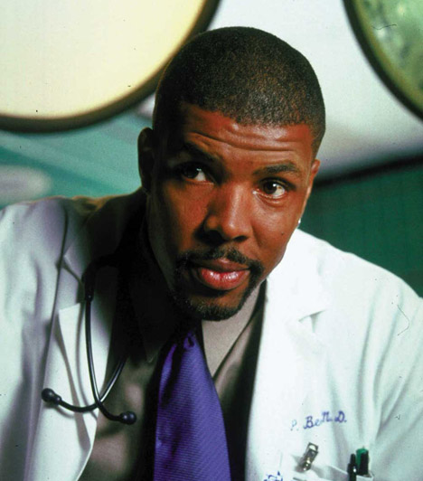 Eriq La Salle  A Vészhelyzet Peter Benton doktorának, azaz Eriq La Salle-nek az életéről nem lehet sokat tudni. Az utóbbi években filmrendezéssel tölti mindennapjait.