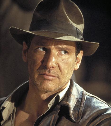 Harrison Ford  A markáns vonásokkal rendelkező színész két korszakalkotó karaktert is megformált: a Csillagok háborúja-trilógia Han Solója után neki köszönhetjük a filckalapos, fanyar humorú Indiana Jones-t is. Az 1942-ben született színész az ezredforduló óta már kevesebbet forgat, de Indy kedvéért még wyomingi birtokát is elhagyta.