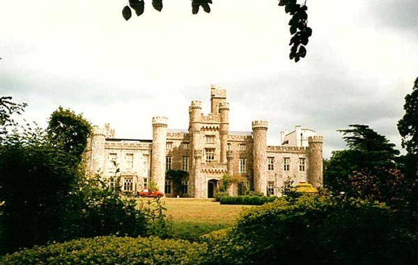 Jones-Douglas Wales-i rezidenciája