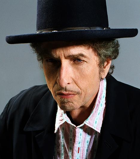 Bob DylanA legendás amerikai énekes-dalszerző 1966. július 29-én szenvedett súlyos motorbalesetet, amelynek körülményei a mai napig tisztázatlanok. Dylan ezt követően nyolc évre szinte teljes egészében eltűnt a nyilvánosság elől.