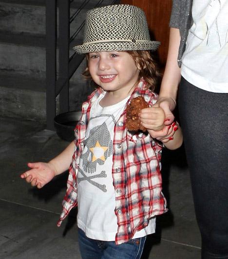 Max Liron Bratman  Christina Aguilera cuki kisfia 2008 januárjában jött a világra - már pelenkásként igazi vagány srác.
