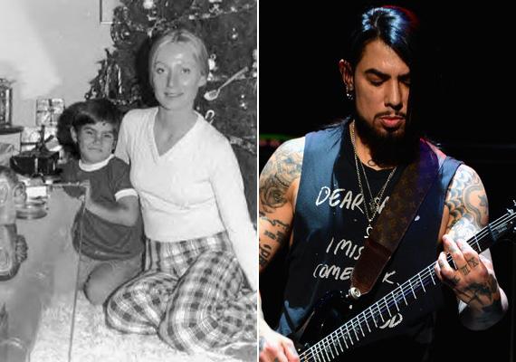1983-ban borzalmas kettős gyilkosság történt: Dave Navarro édesanyját, Constance-t és annak barátnőjét lelőtték - a rocksztár akkor volt 15 éves. Miután az eset szerepelt a Kékfény amerikai változatában, a rendőrség nyomot fogott, és kiderült, hogy a nő ex-barátja, John Riccardi volt a tettes, életfogytiglanra ítélték.