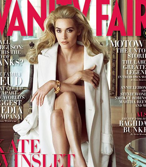 Kate Winslet  Kate Winslet a Vanity Fair magazin 2008 decemberi számának címlapján pózol meztelenül, bár egy kabátot azért mégiscsak ráterítettek a színésznőre. Bár szinte felismerhetetlen a fotón, a magazin szóvivője annak idején azt nyilatkozta, alig retusáltak rajta, csak a bőrhibákat tüntették el, és a bőrtónuson finomítottak.