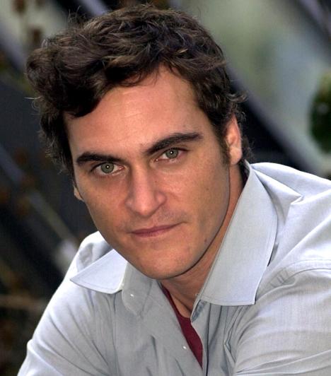 Joaquin Phoenix  Testvére, River a karjaiban halt meg kábítószer-túladagolás következtében.