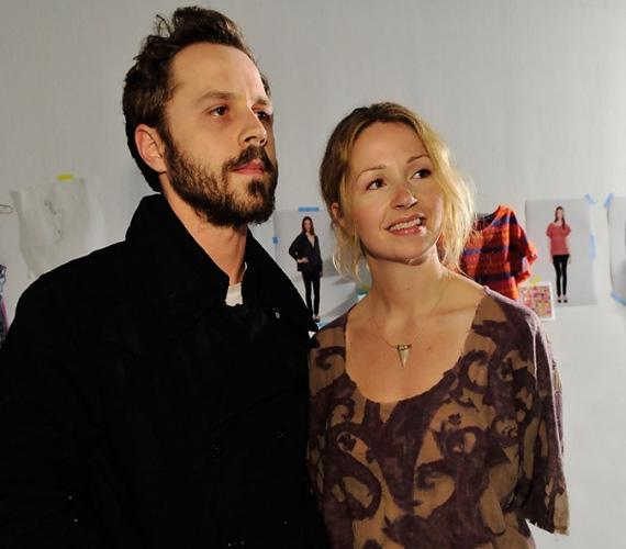 Azt tudtuk, hogy Giovanni Ribisi remek karakterszínész, egyebek közt a az Elveszett jelentésben és az Avatarban is szerepelt, no és ő volt Phoebe öccse a Jóbarátokban. Ám most kiderült, az ikertestvére, Marissa szintén tehetséges a szakmában, őt a Tökéletlen időkben és a Pleasantville-ben láthatták a nézők. A színésznő 2004-ben ment férjhez, két gyermeke van.