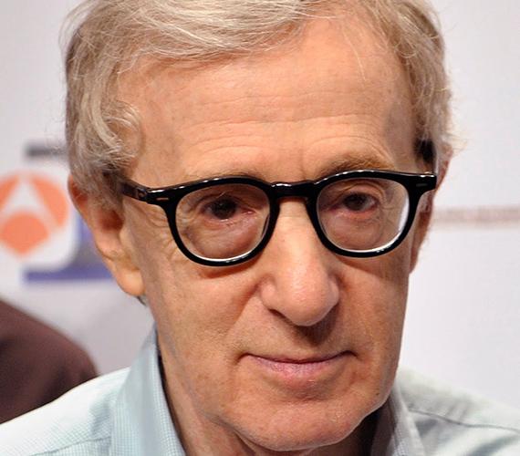 Allan Stewart Konigsberg 17 éves korában döntött úgy, hogy hivatalosan is felveszi a Heywood Allen nevet, ami idővel csak simán Woody Allenre kopott.