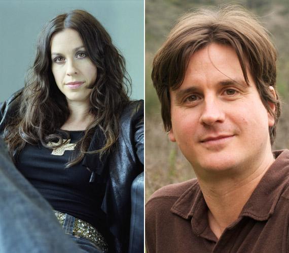 A magyar származású Wade Morissette ikertestvéréhez, Alanis-szez hasonlóan zenész, bár kevésbé ismert, mint nővére.