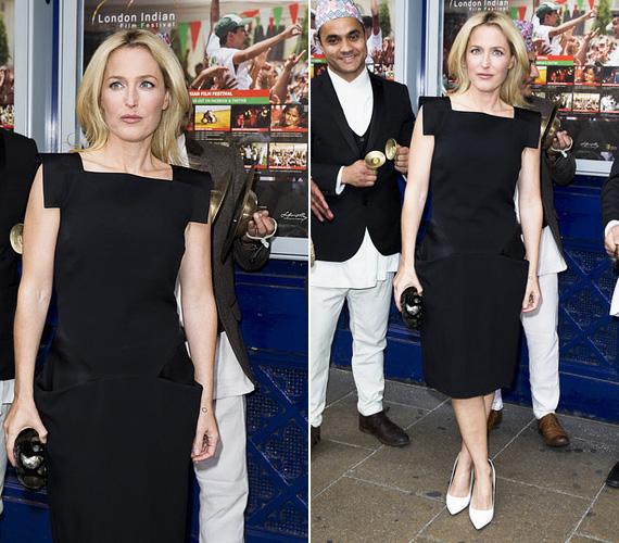 Gillian Anderson, az X-akták egykori sztárja néhány napja a Sold című film bemutatóján vett részt a Londoni Indiai Filmfesztiválon. A 45 éves, háromgyerekes színésznő elképesztően dögös volt érdekes vállmegoldású fekete ruhájában, melyet fehér magassarkúval egészített ki.