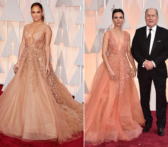 Az Oscar kínos divatbakijának kiáltották ki, hogy Jennifer Lopez, illetve Robert Duvall felesége, Lucinda ugyanolyan Eli Saab estélyiben lépett a vörös szőnyegre, bár Jennifer Lopez dekoltázsa kihívóbbnak tűnt.