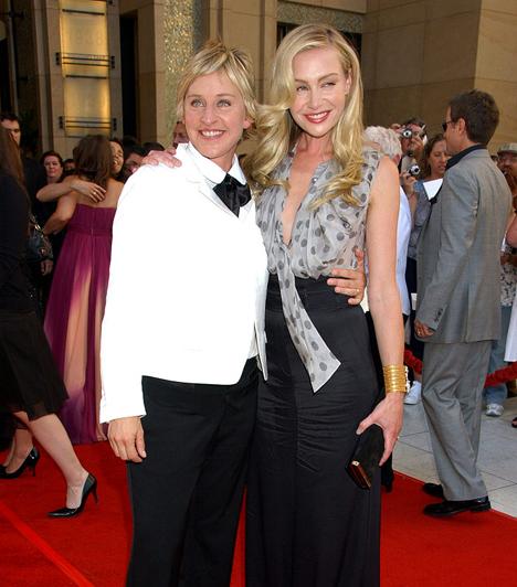 Ellen DeGeneres és Portia De Rossi  A két leszbikus sztárhölgy 2004-2005 fordulóján kezdett járni, majd 2008. augusztus 16-án keltek egybe otthonukban.