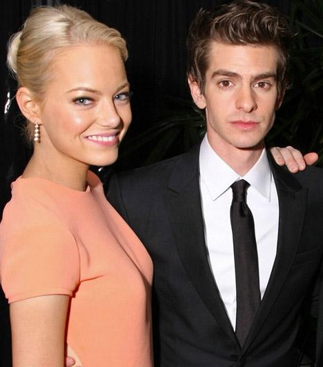 Emma Stone és Andrew GarfieldHollywood két fiatal csillaga 2011-ben, A csodálatos Pókember című mozi forgatásán habarodott egymásba. A sármos színész állítólag Emma miatt dobta előző barátnőjét, Shannon Woodwardot, akivel több mint három évig járt együtt.