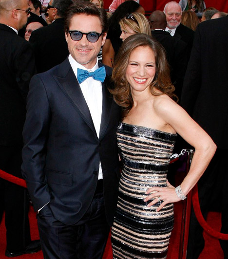 Robert Downey Jr. és Susan Levin  A Sherlock Holmes- és Vasember-mozik sztárja 2003-ban ismerkedett meg a producerként dolgozó Susan Levinnel, akit 2005-ben vett feleségül. A pár 2012-ben várja első gyermekét.  Kapcsolódó cikk: Régóta próbálkoztak! Első közös gyermekét várja az ismert sztárpár »