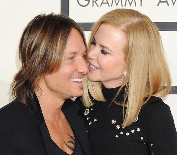 Nicole Kidman a férjét, Keith Urban country-énekest kísérte el a Grammy-gálára, és láthatóan kilenc év házasság után is dúl köztük a szerelem.