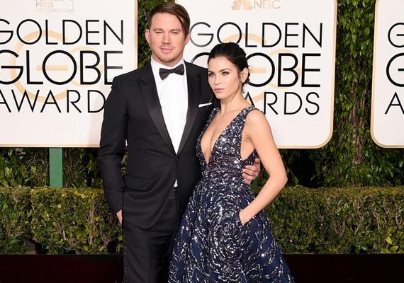 Habár Channing Tatum és felesége, Jenna Dewan-Tatum gyönyörű párost alkottak, mindenki a színész hajáról beszélt, szinte könyörögtek, hogy ismét vágassa le hosszú fürtjeit.