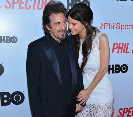 Al Pacino és barátnője, Lucila Sola argentin színésznő már több mint négy éve vannak együtt. A színész 1940-ben született, míg kedvese 1979-ben, így csaknem 40 év köztük a különbség.