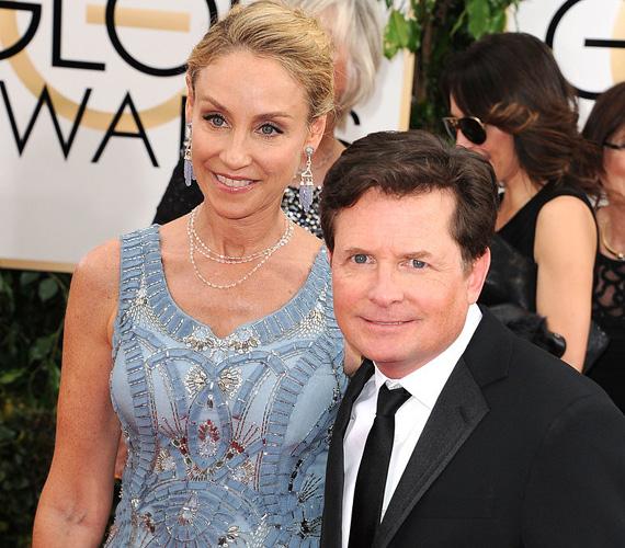 Michael J. Fox első szerelmét Tracy Pollan játszotta a Családi kötelékek című sorozatban, és a valóságban is egymásba szerettek. 1988-ban álltak oltár elé, egy évvel azelőtt, hogy mozikba került a Vissza a jövőbe II.