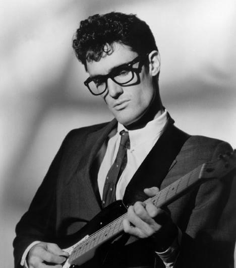 Buddy Holly  A rock & roll úttörő egyénisége 1959. február 3-án 22 évesen vesztette életét egy repülőgép szerencsétlenségben. Don McLean később az American Pie című dalában úgy hivatkozott erre a pillanatra, mint a nap, amikor meghalt a zene.