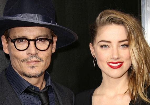 Idén januárban bombaként robbant a hír, hogy Johnny Depp és kedvese, Amber Heard titkos esküvőn mondta ki a boldogító igent. A sztárpár 2013 óta van együtt, a ceremóniát pedig a színész karibi magánszigetén tartották, pár hozzátartozó jelenlétében.
