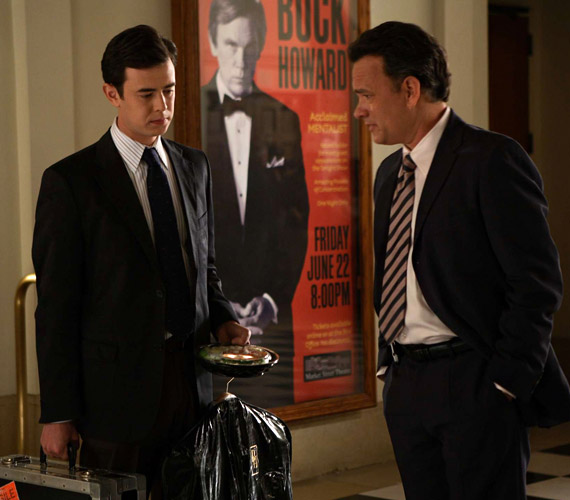Tom Hanks és színész fia együtt játszottak a 2008-as A tökéletlen trükk című moziban, a rajongók így külsejüket és színészi játékukat is össze tudták hasonlítani.